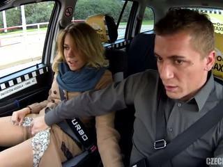 Betrügen ehefrau im ein taxi - porno video 791