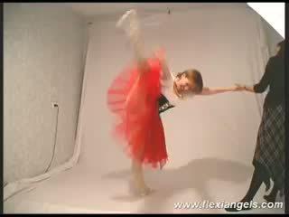 Mladý balerína katja