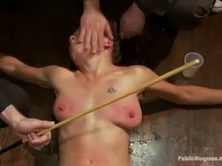 Francesa chica atada y double penetrated