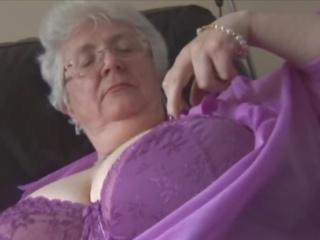 Carolinev1-2: Free Mature Porn Video 65