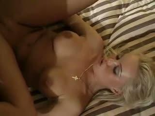 blondit, tuplamunat, threesomes