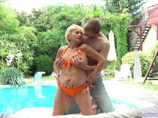Gjysh fucks tjetër në një pishinë, falas 21 sextreme pd porno d5