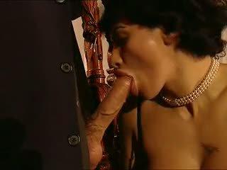 Elena del monaco - orgie bourgeoise
