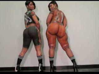 The body xxx & cherokee body paint dance