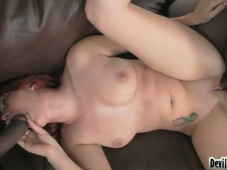 Red Head Chick Ivy Rider Mouthjobing L.T.'s Cocoa Cock