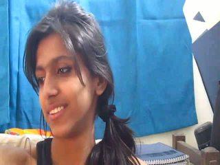 Non-nude najgorętsze hinduskie szkoła dziewczyna na kamerka internetowa - desibate*