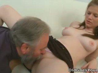Maria lets an γριά guy γαμώ αυτήν