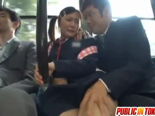 Цензурирани японки автобус trio