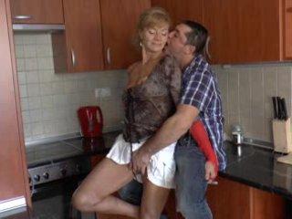 Paros neamt bunica loves anal - r9