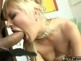 Hd baltas krūtinga porno