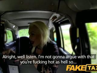 Fake taxi driver キャッチ wanking で レディース 下着