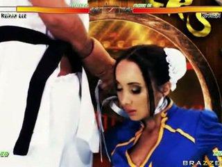 Katsumi lusty pupa con chap in costume come difficile pompino