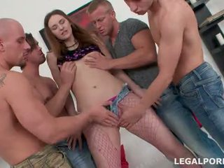 4 on 1. Pissing, Drinking, Prolapse, DAP & DP, gapes compilation, farting creampiee GIO019