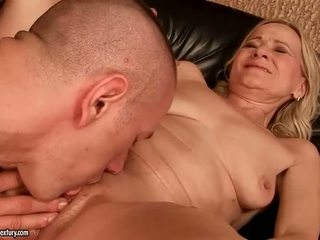 Grandmas סקס קומפילציה