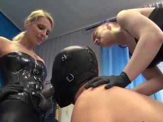 3 dommes 2 slaves & ein rubberdoll, kostenlos hd porno d8