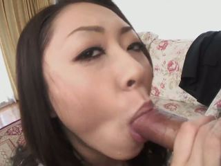 Hungry Japanese Babe Loves Cock in Her Mouth: Free Porn 0b
