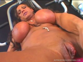 Rhonda Lee Works Rod Fontana S Love Muscle