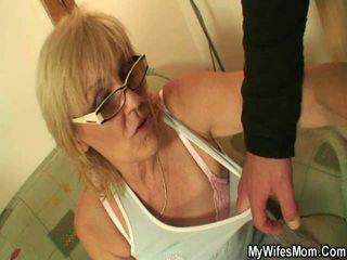 סבתא, טיטי fuck, מטבח