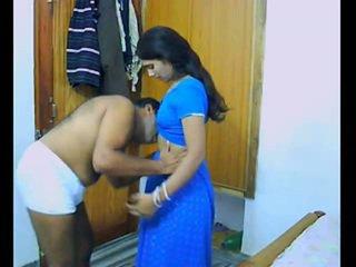 Indien pair onto leur honeymoon chewing et bonking