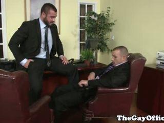 Gejs birojs hunk getting throatfucked