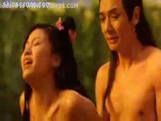 Kineze i censoruar seks skenë