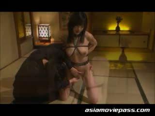 Japanilainen bondage orja tyttö seksi. ami sakurai, emi haruk