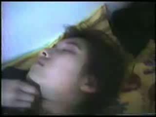 Sova äldre kvinna fingered video-