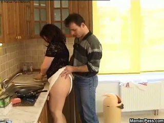 Tłusta cipka kuchnia podłoga pieprzyć, darmowe grubaska porno 81