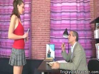 Perverted professor knull detta innocent skol