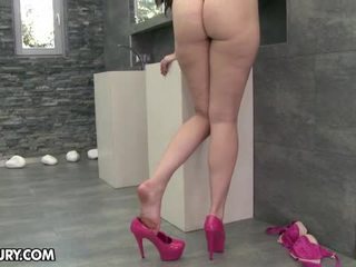 彼女の足を食べる, 足フェチ, セクシーな脚