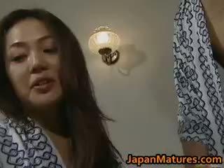 Cachonda japonesa madura chicas chupando part3