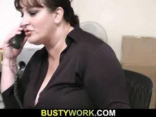 Interviu leads pentru sex pentru acest excitat gras