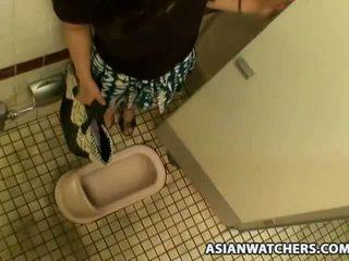 아시아 여학생