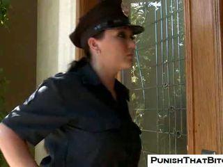 Curvy chienne claire dames gets forcé punishment par jenni