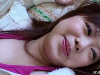 Небръснат азиатки мадама creampied