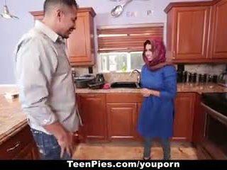 Teenpies - muslim 女孩 praises ah-laong 迪克