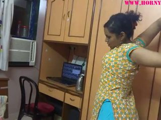 Indisch amateur babes lily seks