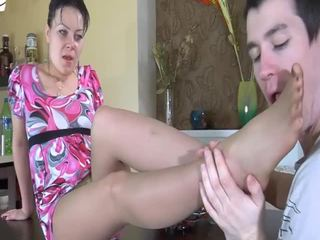 Mom aku wis dhemen jancok gets dilatih by a young hard jago