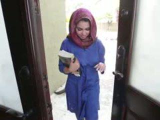 Terangsang rambut coklat arab remaja ada gets filled