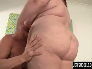 Grubaska eliza allure plays z a kutas przed getting fucked