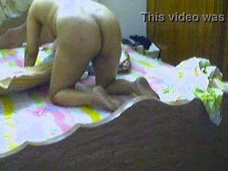 Desi aunty getting kacau doggy gaya di rumah