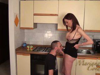 Mariana cordoba kuuma sisään the keittiö