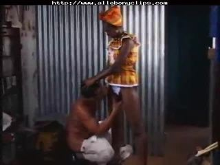 Africaine Superbe black ebony cumshots ebony swallow interracial