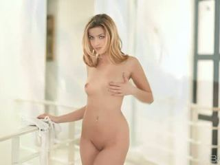 Pornósztár abigaile johnson nailed