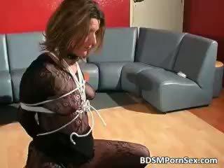Брудна білявка брюнетка хвойда gets tied part5
