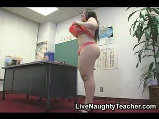 Mega breasted 老师 自慰 在 该 课堂