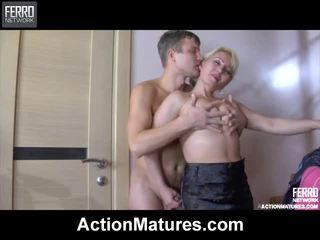 Pha của khiêu dâm gần jerry, austin, elinor