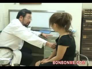 Incinta giovanissima essere scopata da dottore a rendere abortion 03