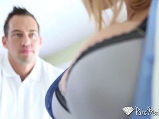 Puremature - nxehtë guy interviewed dhe fucked nga gjoksmadhe mdtq alyssa lynn