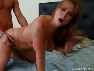 Darla crane на горещ мама